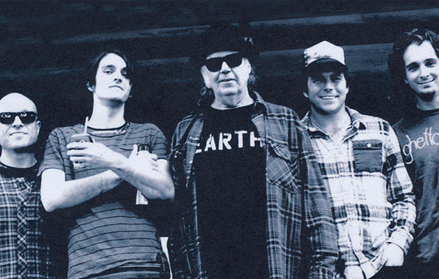 Neil Young debuts four new songs live