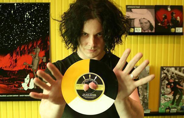 Jack White jams with Pearl Jam