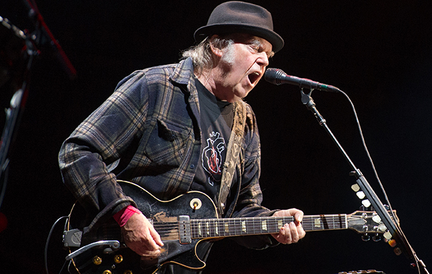 Neil Young announces new US dates