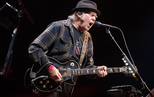 """Watch Neil Young play """"On The Beach"""" for the first time in 45 years"""