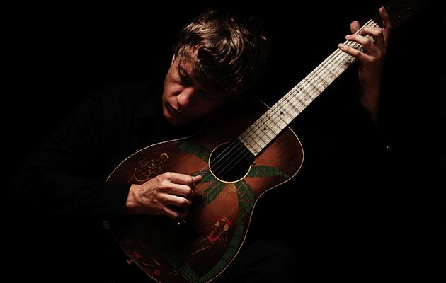 Hear Steve Gunn's new acoustic EP