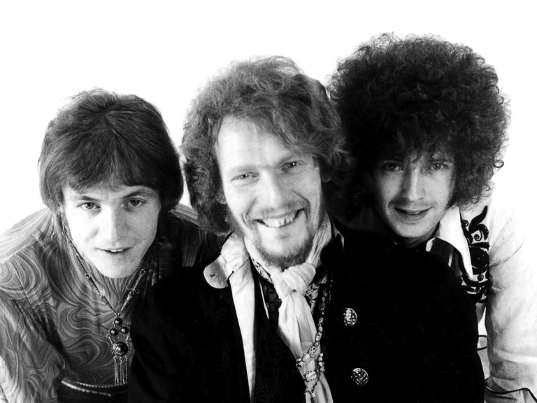 "Exclusive! Hear an unreleased live version of Cream's ""Crossroads"""