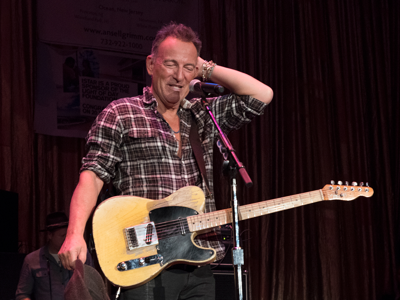 Watch Bruce Springsteen play a surprise charity show in Asbury Park - UNCUT