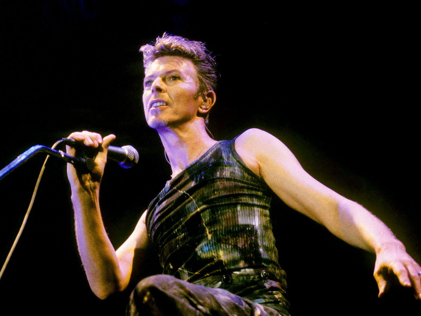 "Hear the 'Live Eno Mix' of David Bowie's ""The Man Who Sold The World"""