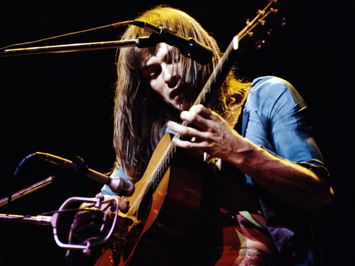 Send us your questions for Steve Howe of Yes