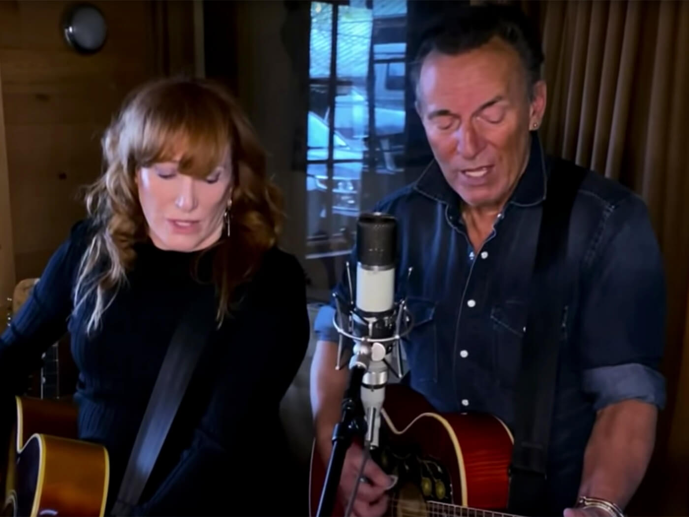 Watch Bruce Springsteen and Patti Scialfa's stay-at-home session